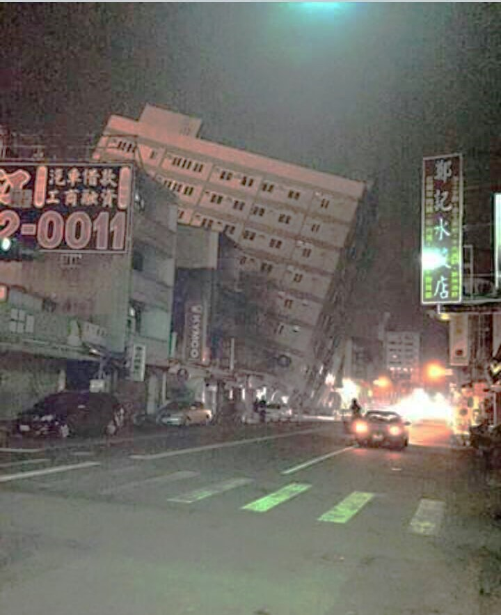 A scene from Kaohsiung's Meinong district after the Saturday quake. Photo courtesy by MrOss Kho.