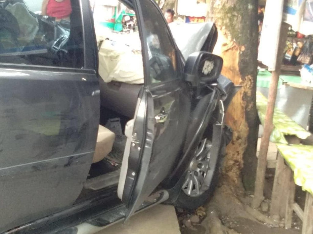 Daet village head dies, Daet-DILG officer survives in Labo, Camarines Norte car crash