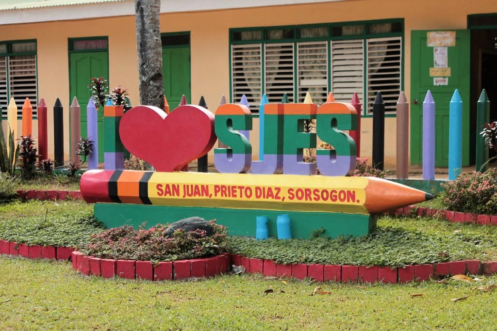 The façade of the San Juan Elementary School in Prieto-Diaz, Sorsogon. www.philexaminer.com photo.